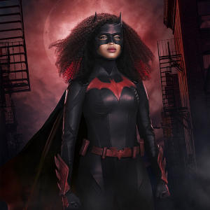Batwoman Javicia Leslie shows off DC crime fighter's brand new look