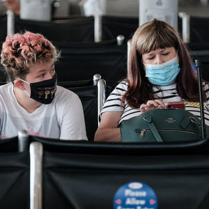 Delta Air Lines has banned more than 400 passengers over face masks
