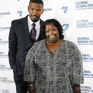 Jamie Foxx reveals his sister DeOndra has died