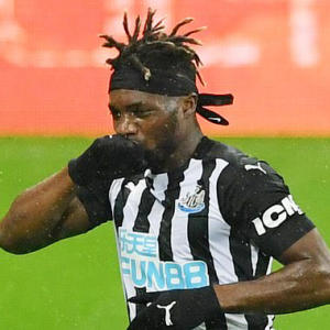 Newcastle star Allan Saint-Maximin set to sign new SIX-YEAR contract