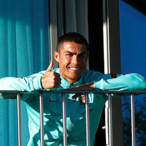 Ronaldo to return to Italy to isolate after positive Covid-19 test
